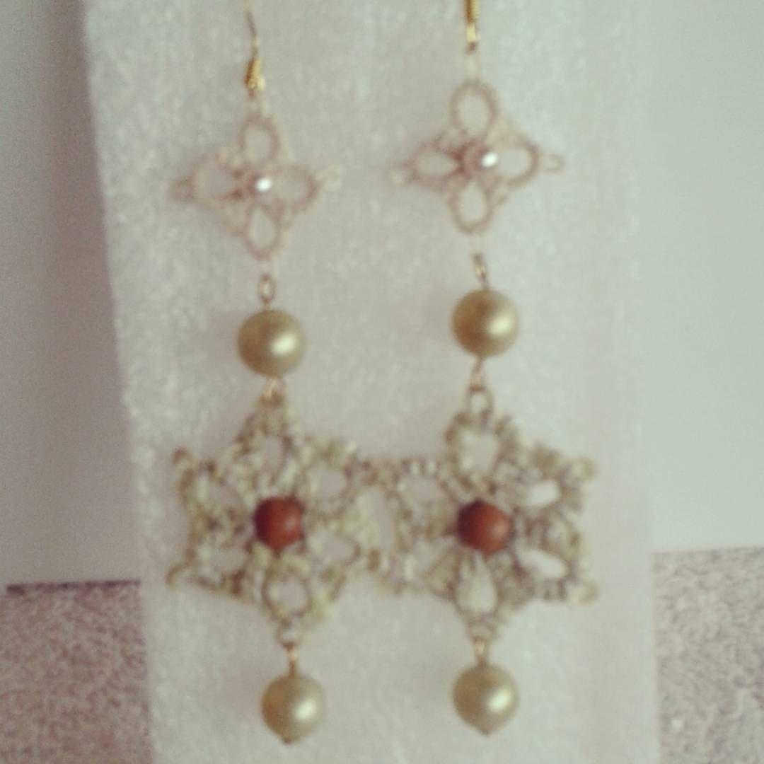 maracrochetdesign - #orecchini #earrings #chiacchierino #tatting #lemiecreazioni #jewelry #bijoux #accessories #fashion #handmade #fattoamanoconamore #pezziunici #perle #piccoliprezzi