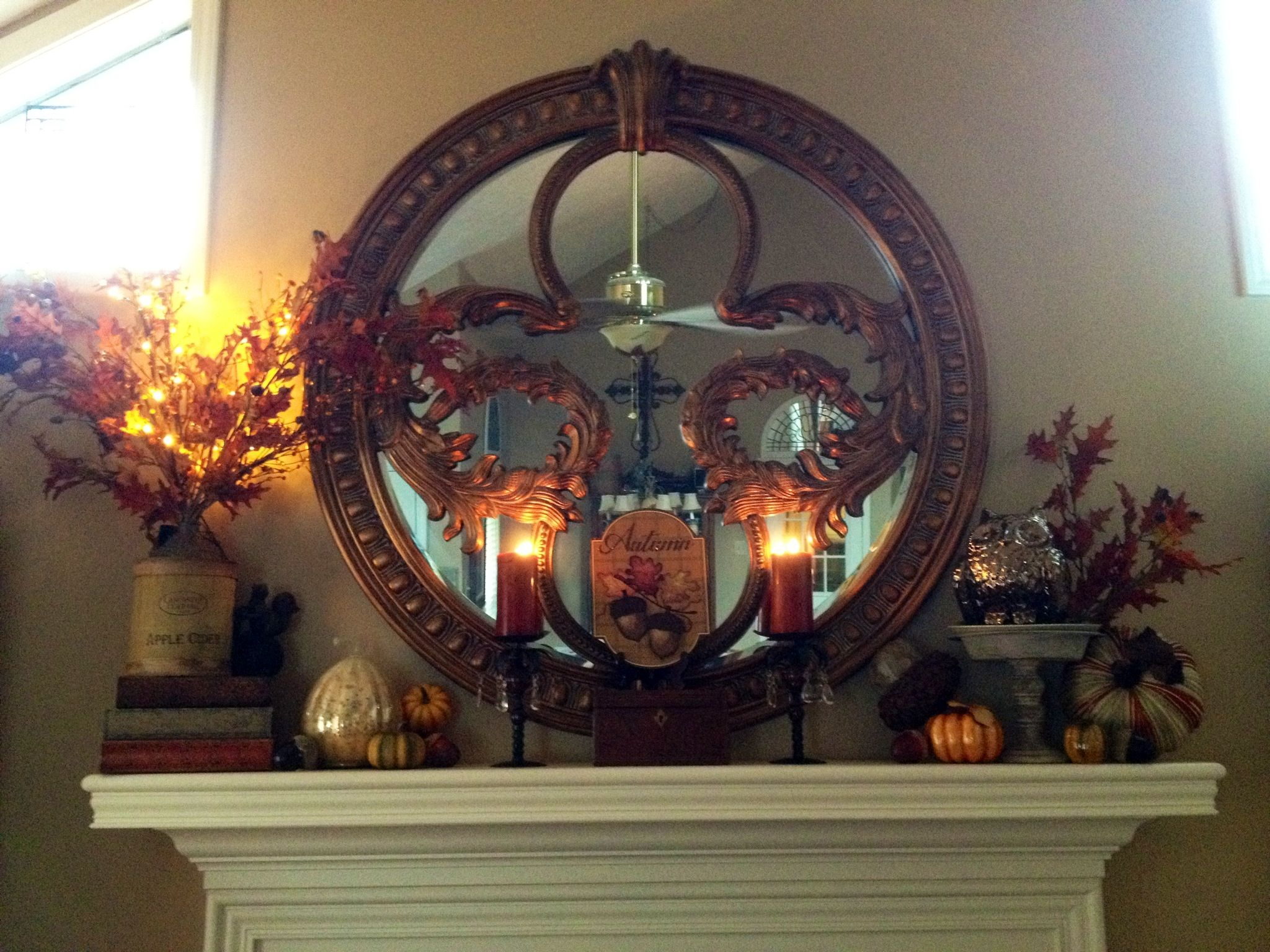 My Fall mantle.
