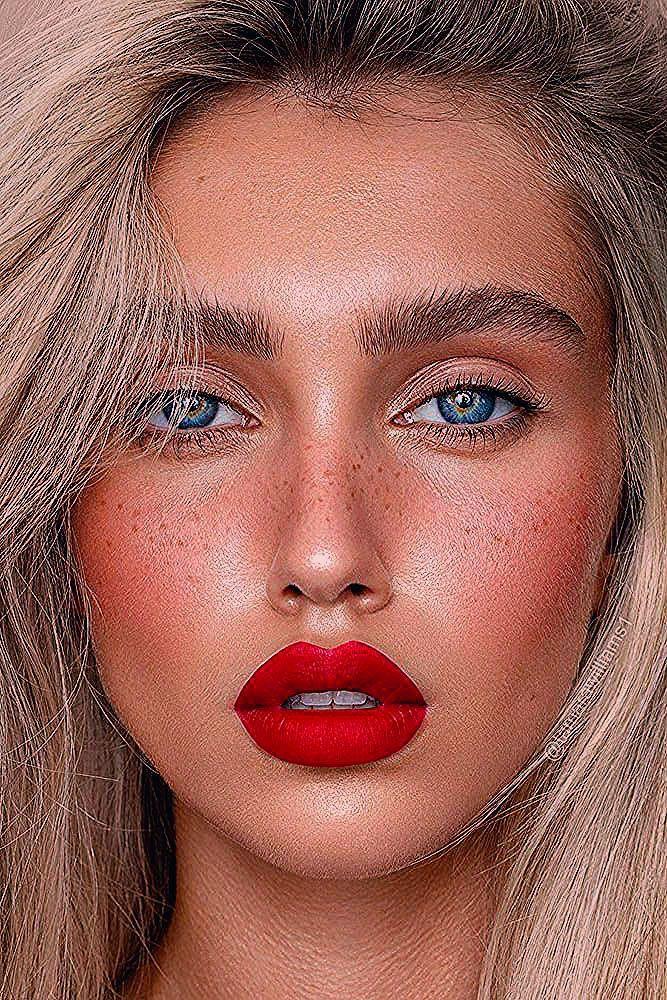 Photo of Hochzeits Make-up 2019 natürliche blonde Braut mit roten Lippen tamarawilliams1… – Hochzeit