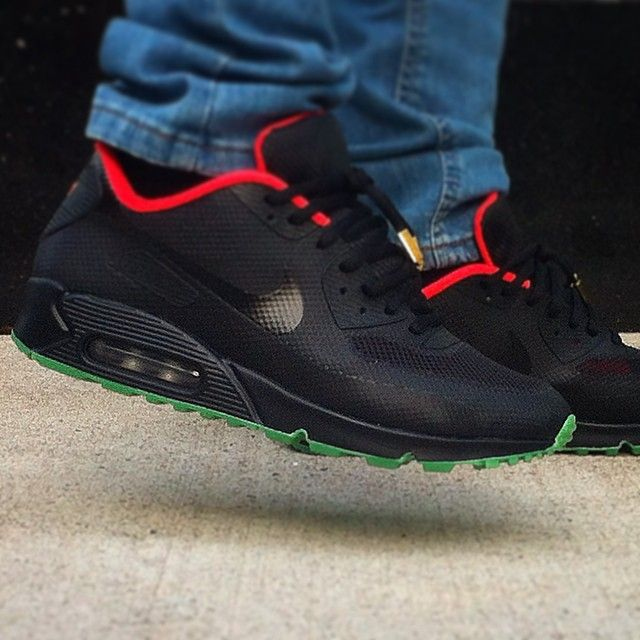 detailed look 95644 3cecd NIKEiD Yeezy Spotlight: Air Max 90 Hyperfuse Solar Red | Fancy ...