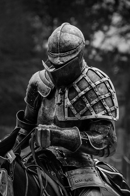The Black Knight This Is A Superb Work Of Art The Subtle And Minimal Details Accentuate The Power And Strength Knight Armor Medieval Armor Historical Armor