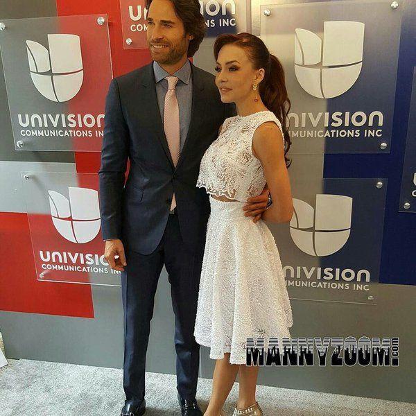 1 Angelique Boyer At Anboy88 Twitter Em 2019 Vestidos