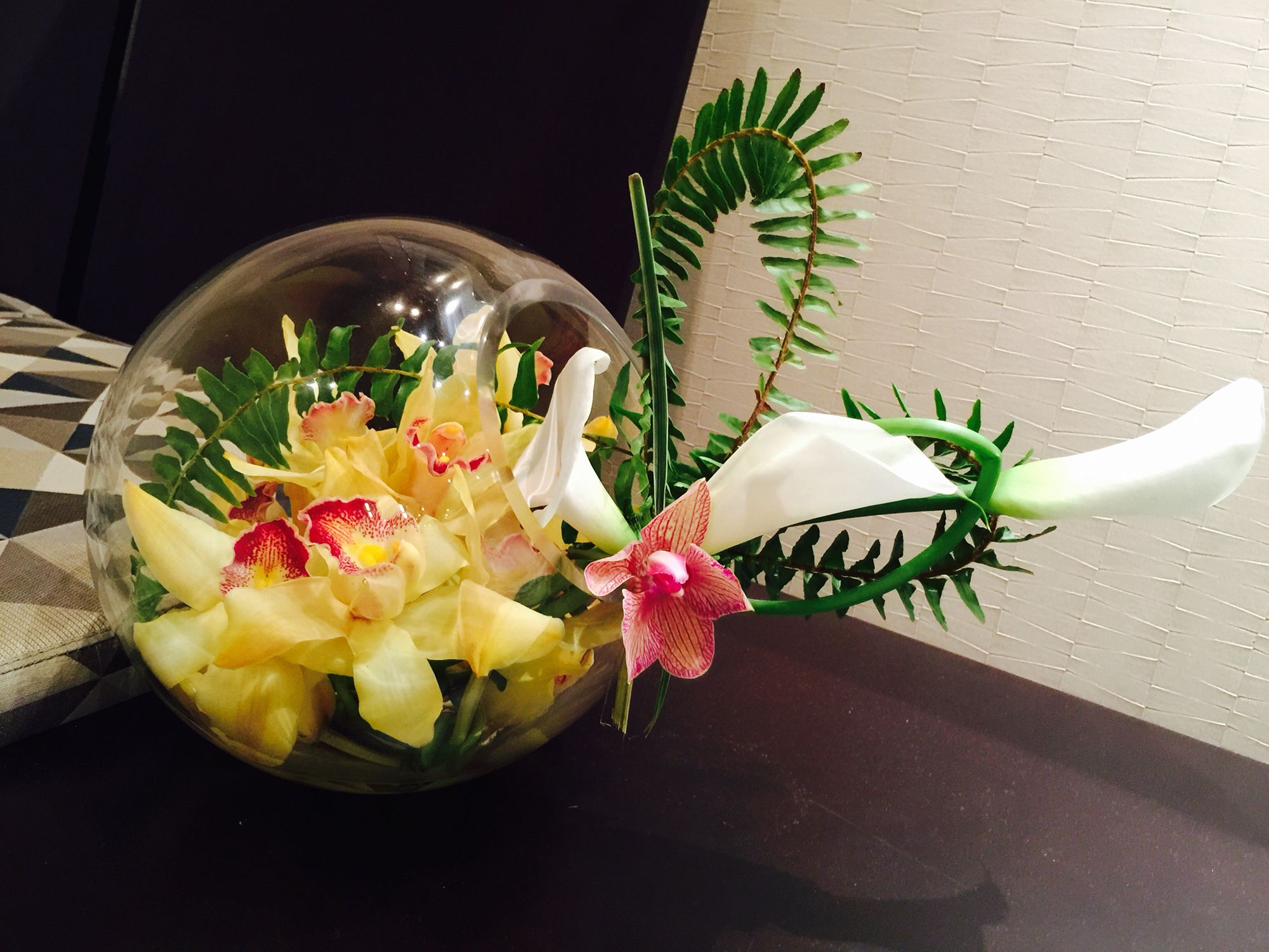 Unusual Orchid Cala Lily Flower Arrangement Pretty Pinterest