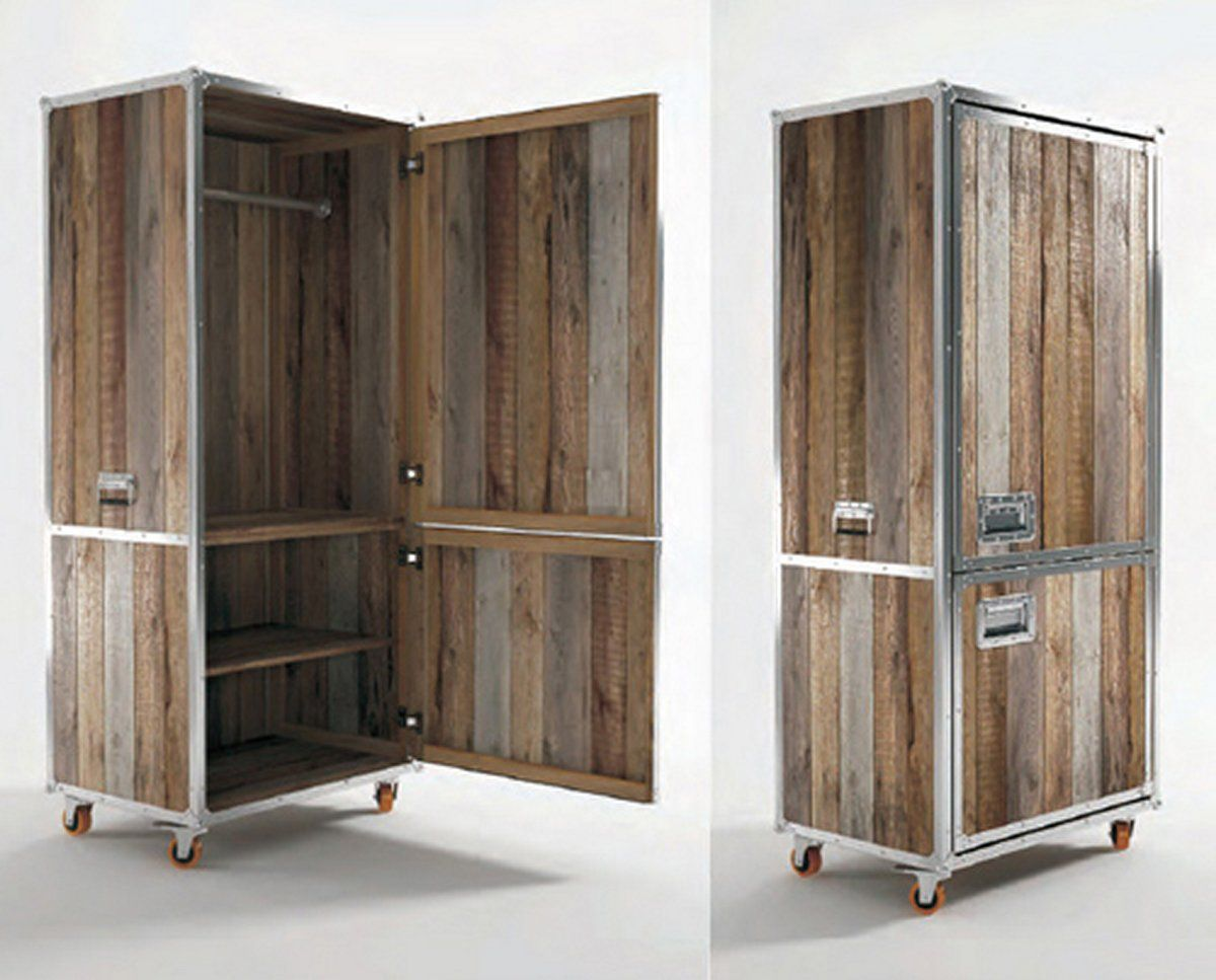 I Like The Flight Case Handles And Edging Vintage Industrial Furniture Industrial Design Furniture Teak Wood Furniture
