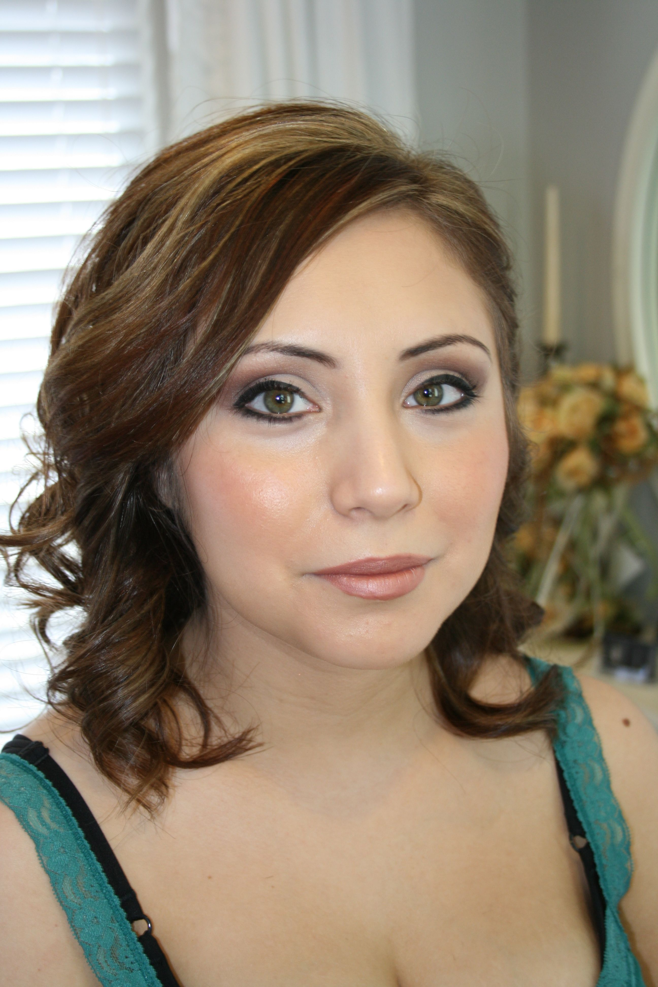 Air Brush make up done by our Brizy Tait. http//www
