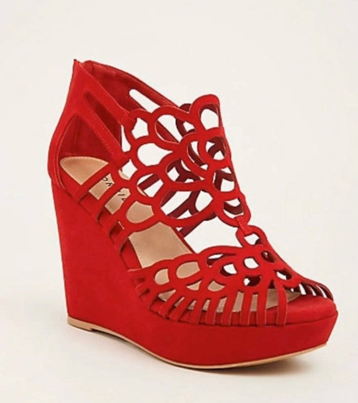 Red wedge shoes, Wedges shoes outfit