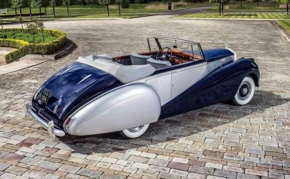 Photo of 1952 Rolls-Royce Silver Dawn Drophead Coupe by Park Ward