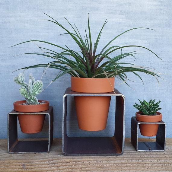 How to give standard terra cotta planters a modern edge. #etsyfinds