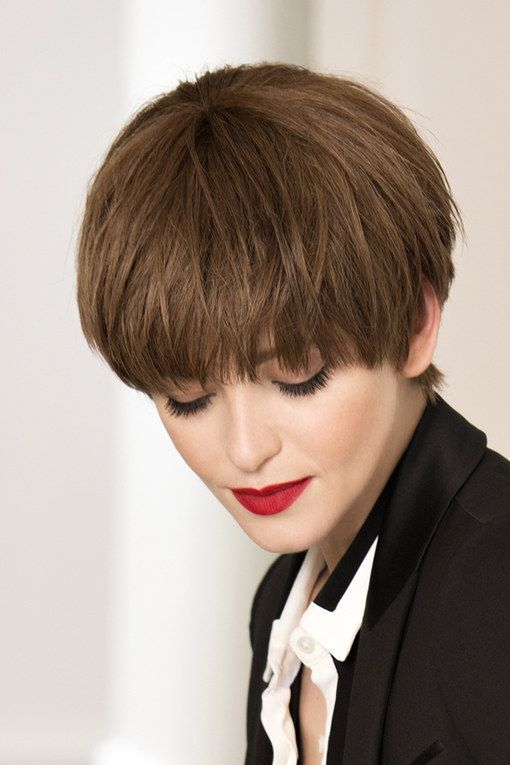 Image result for coupe courte bol | Coiffure, Cheveux droit courts