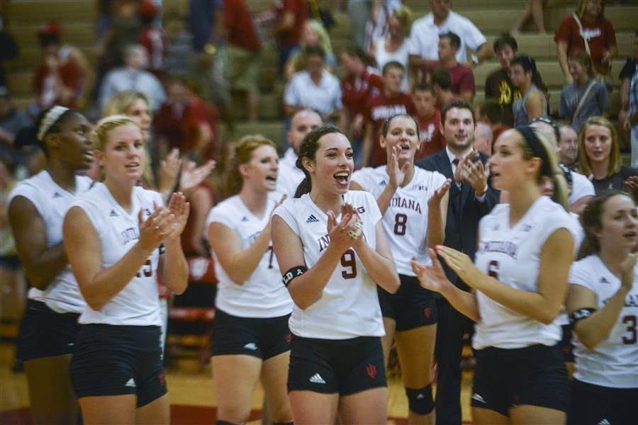 Volleyball Team Welcomes Espn To Bloomington Penn State Sports Volleyball Team Volleyball