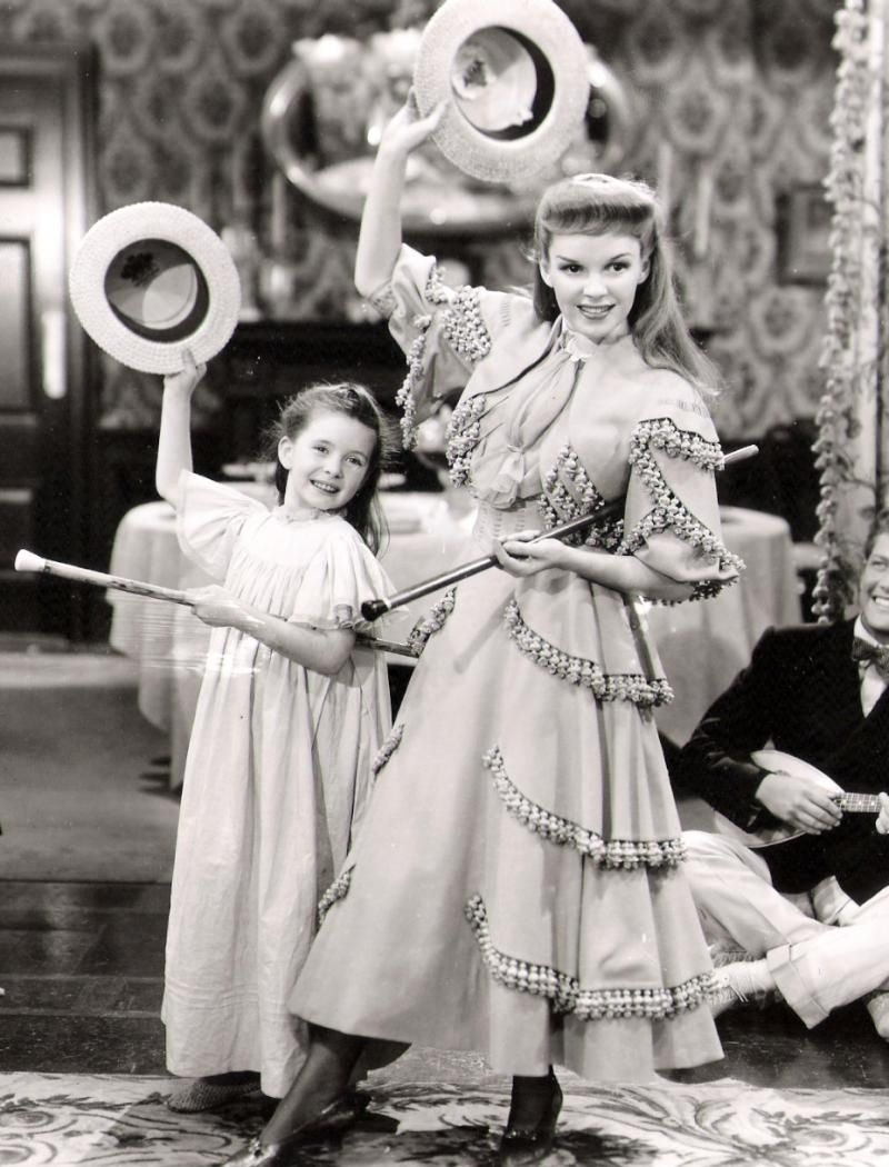 Irene Sharaff - Costumes de Films - Le Chant du Missouri - 1944 ...