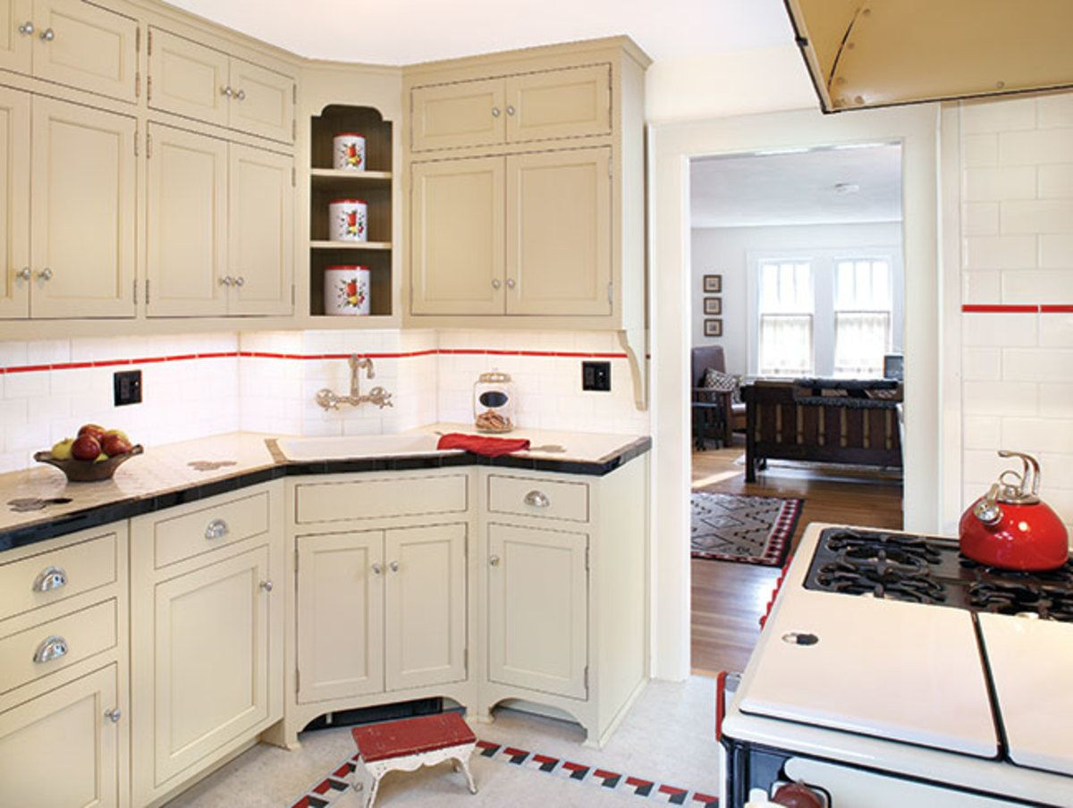 New Cabinets In An Efficient Arrangement Mimic The Details And Hardware Of The 1930s 1930s Kitchen Bungalow Kitchen Kitchen Redecorating