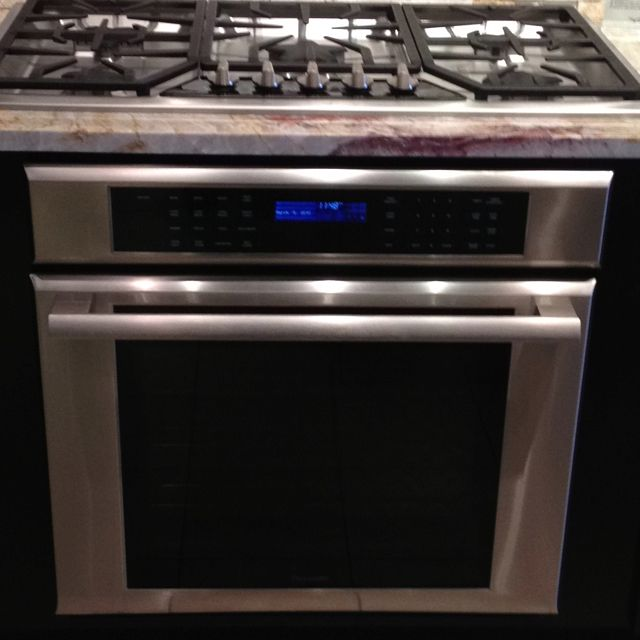 Kitchen Island No Toe Kick: Wall Oven And Cooktop...the Granite And Toe Kick Are Not