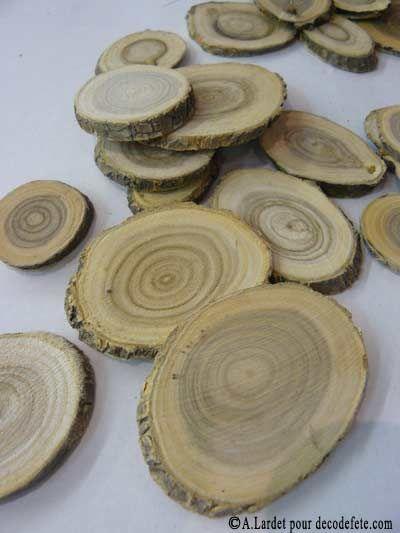 7 tranches de bois marque place mariage rondelles de bois et marque place. Black Bedroom Furniture Sets. Home Design Ideas