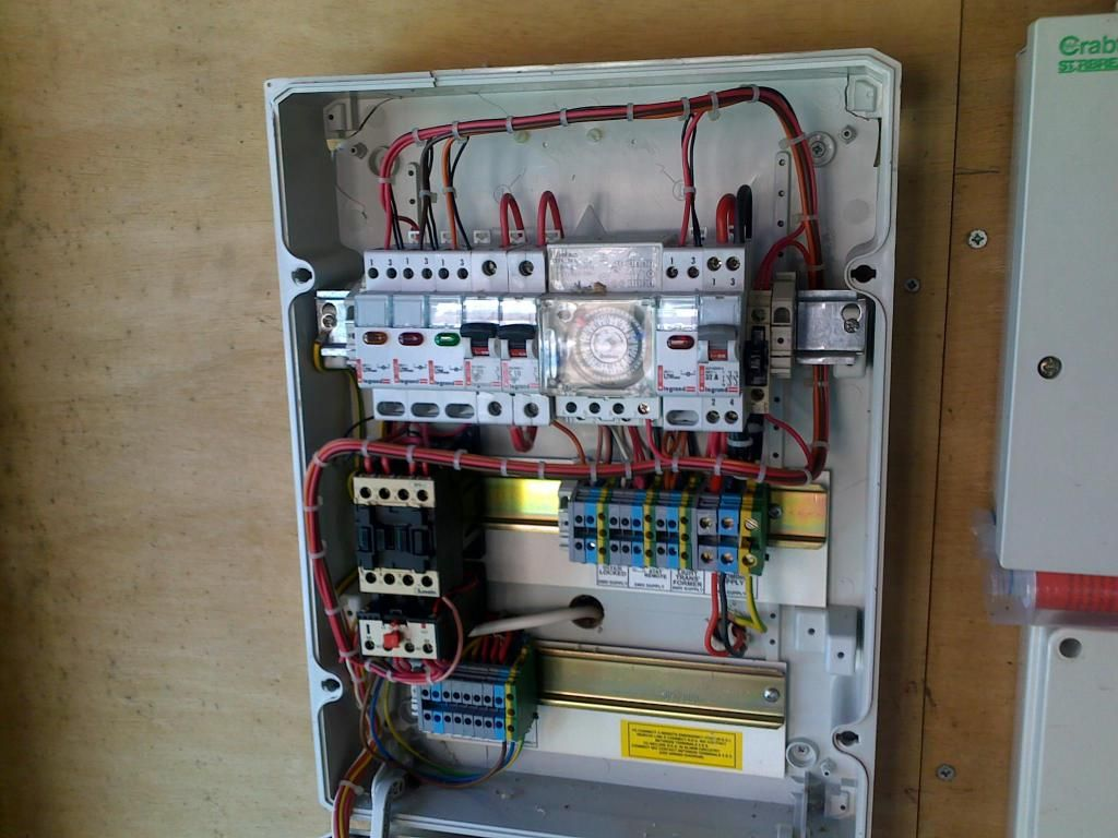 hight resolution of electrical control panels for swimming pools need to meet iee regulations