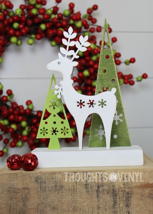 Woodland Reindeer Christmas Wood Craft Laser Cut Snowflake Details LOVE