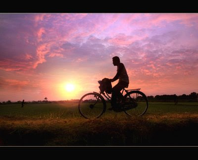 Jatmika bike to work di 2020 Jimi hendrix, Roma, Dermaga