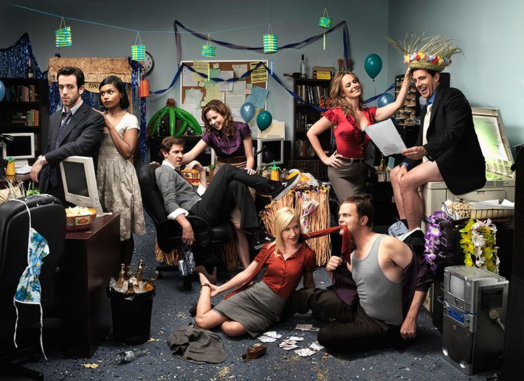 Christmas Office Party Cast.14 Ways You Know You Work In The Office I Love Tv
