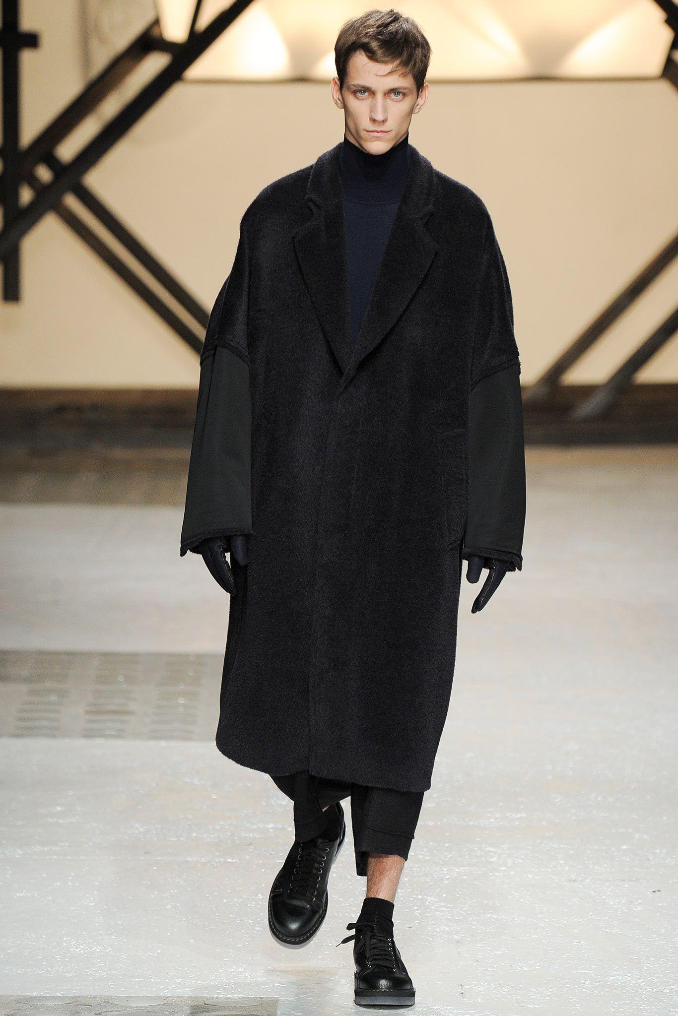 Damir Doma Fall 2014 Menswear Fashion Show