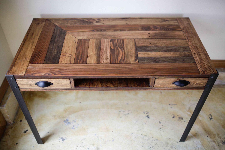 Palette bois bureau avec deux tiroirs et tablette centre idée de