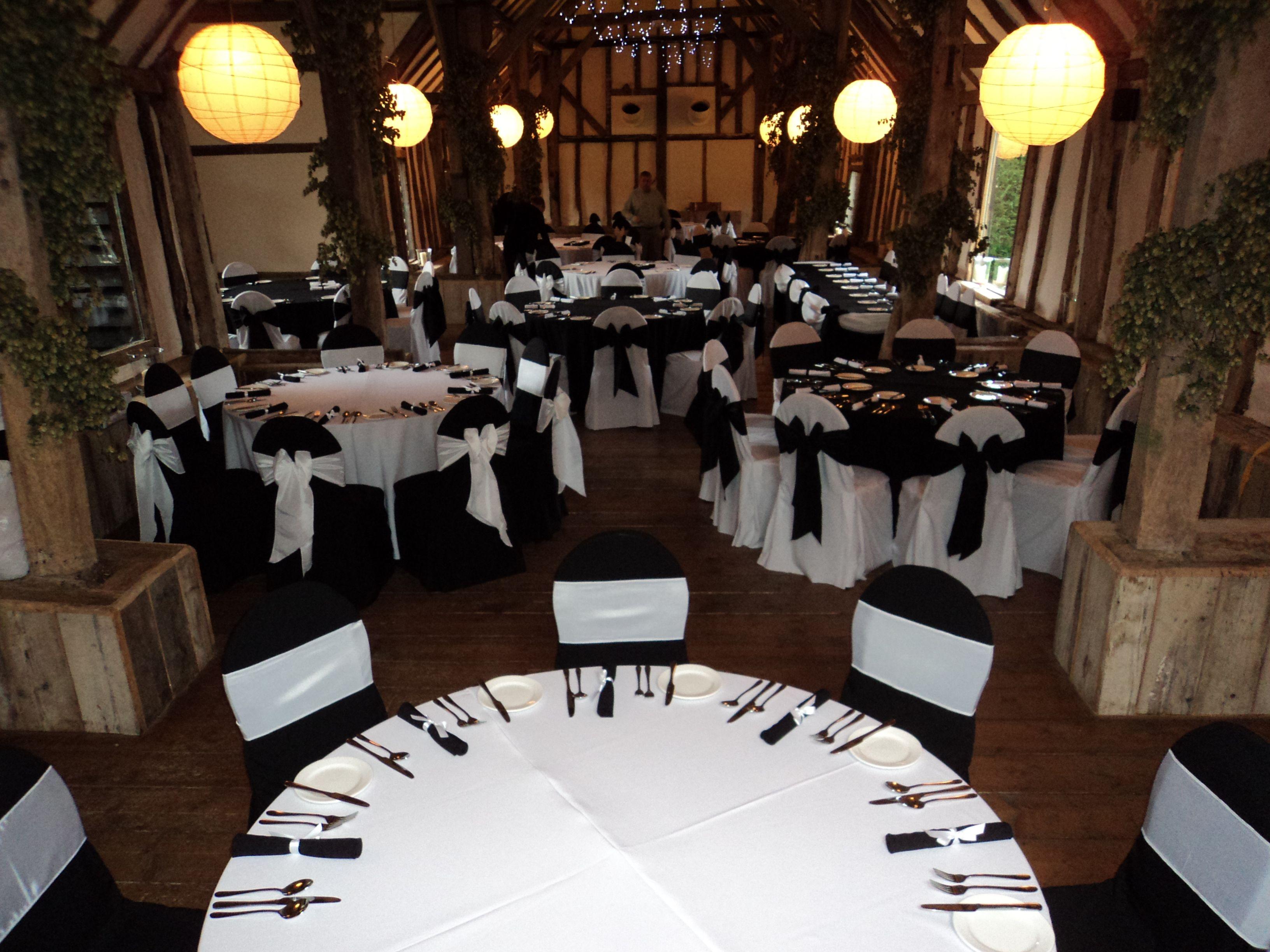 white on blackblack on white chairs  Reception Decoration Ideas