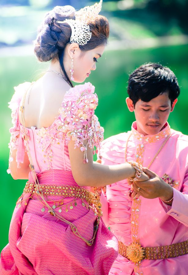 Pin de Absyde Dacoscos en Khmer wedding <3   Pinterest