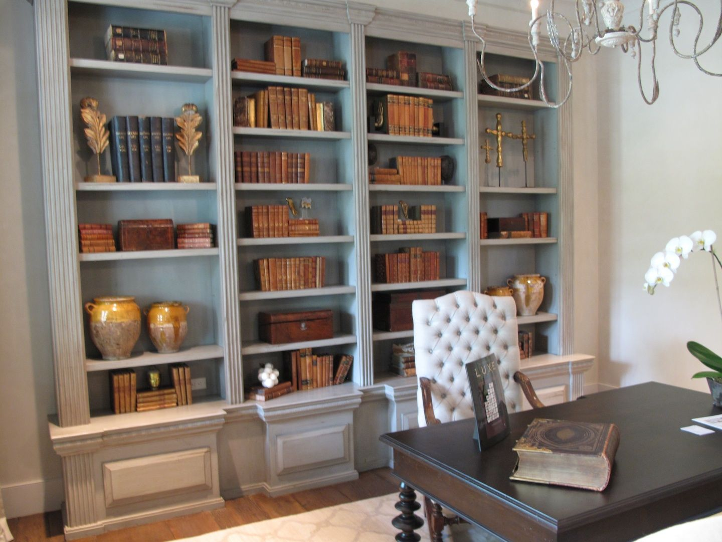 shelf detail | Built-Ins/TV/Media | Pinterest | Antique chandelier ...