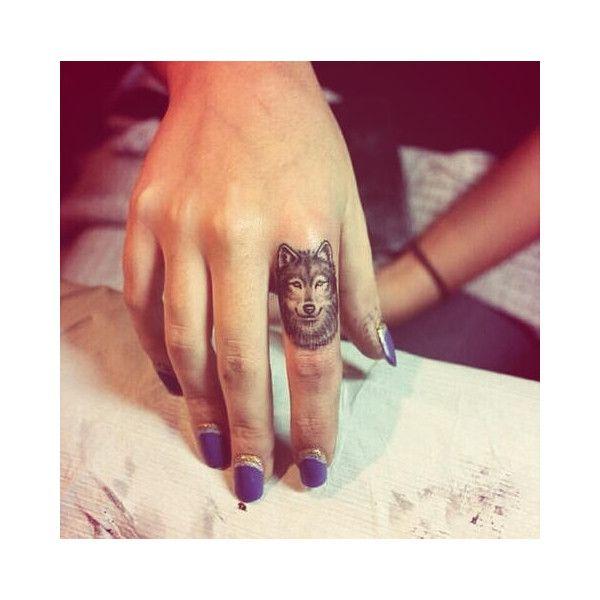 20 Ideas Originales Para Tatuajes En Los Dedos We Heart It Liked - Ideas-para-tatuajes-originales