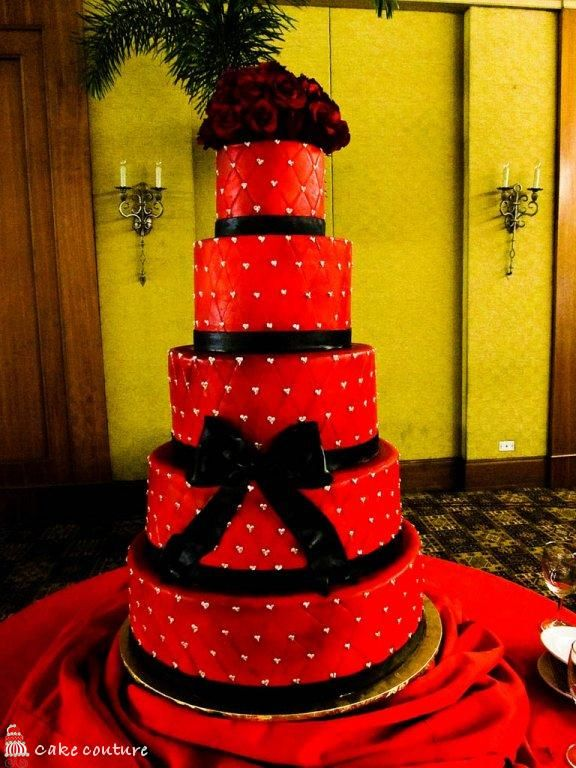 Alyssa - Wedding Cakes Pictures: Red and Black Wedding Cakes