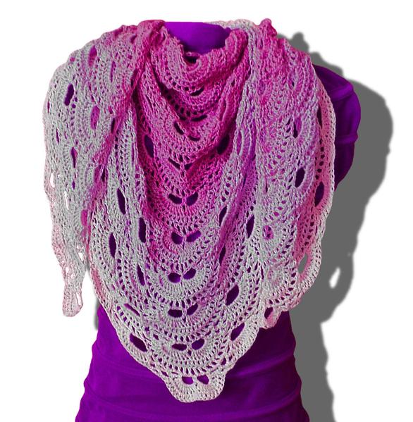 Virustuch kostenlose Häkelanleitung Woolpedia | Crochet shawls ...