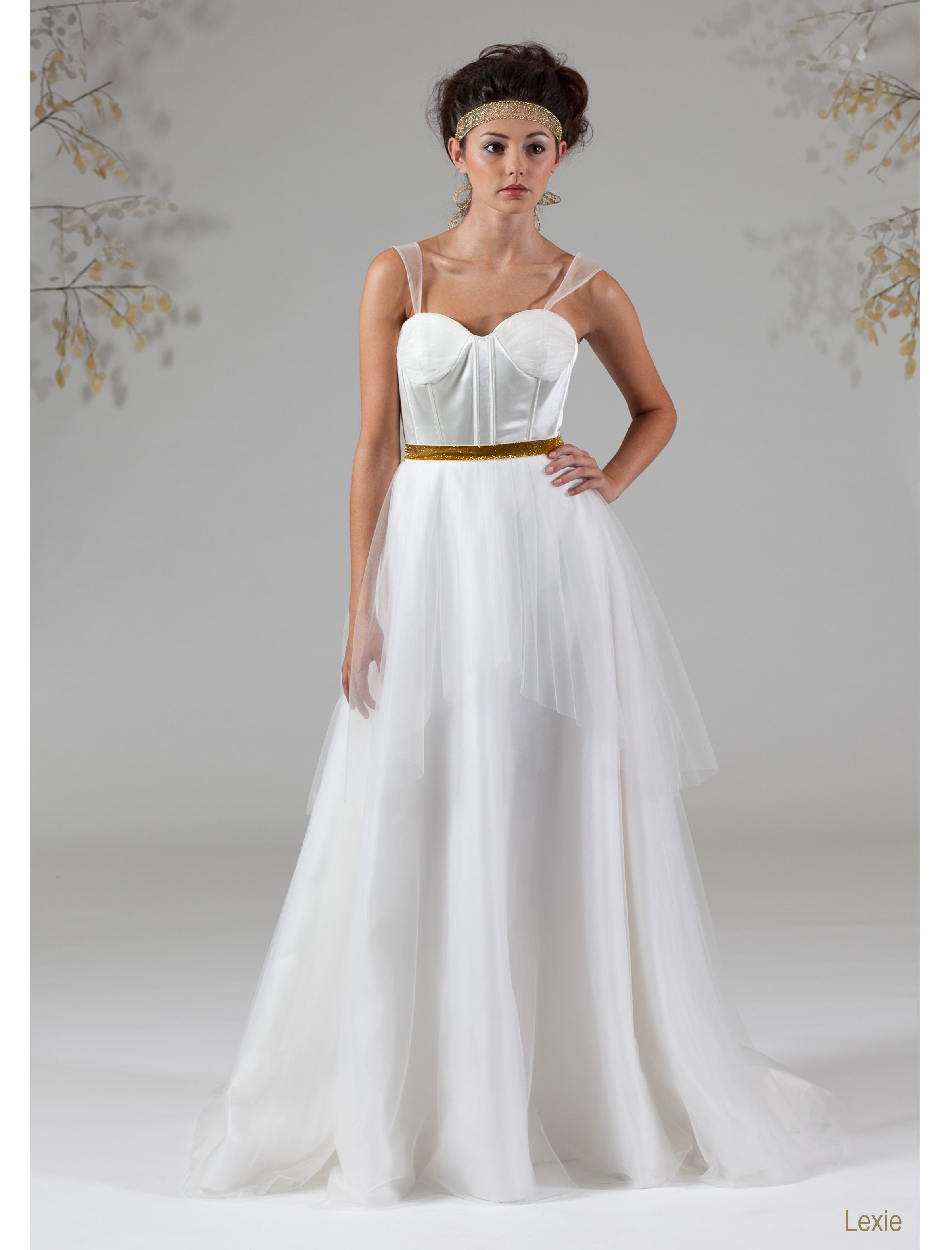 Wedding dress cups  Aline ball gown with sweetheart neckline Bodice features exposed