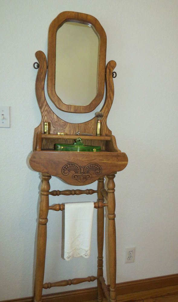 Rare Vintage Pulaski Keepsake Solid Golden Oak Tall Shaving Stand