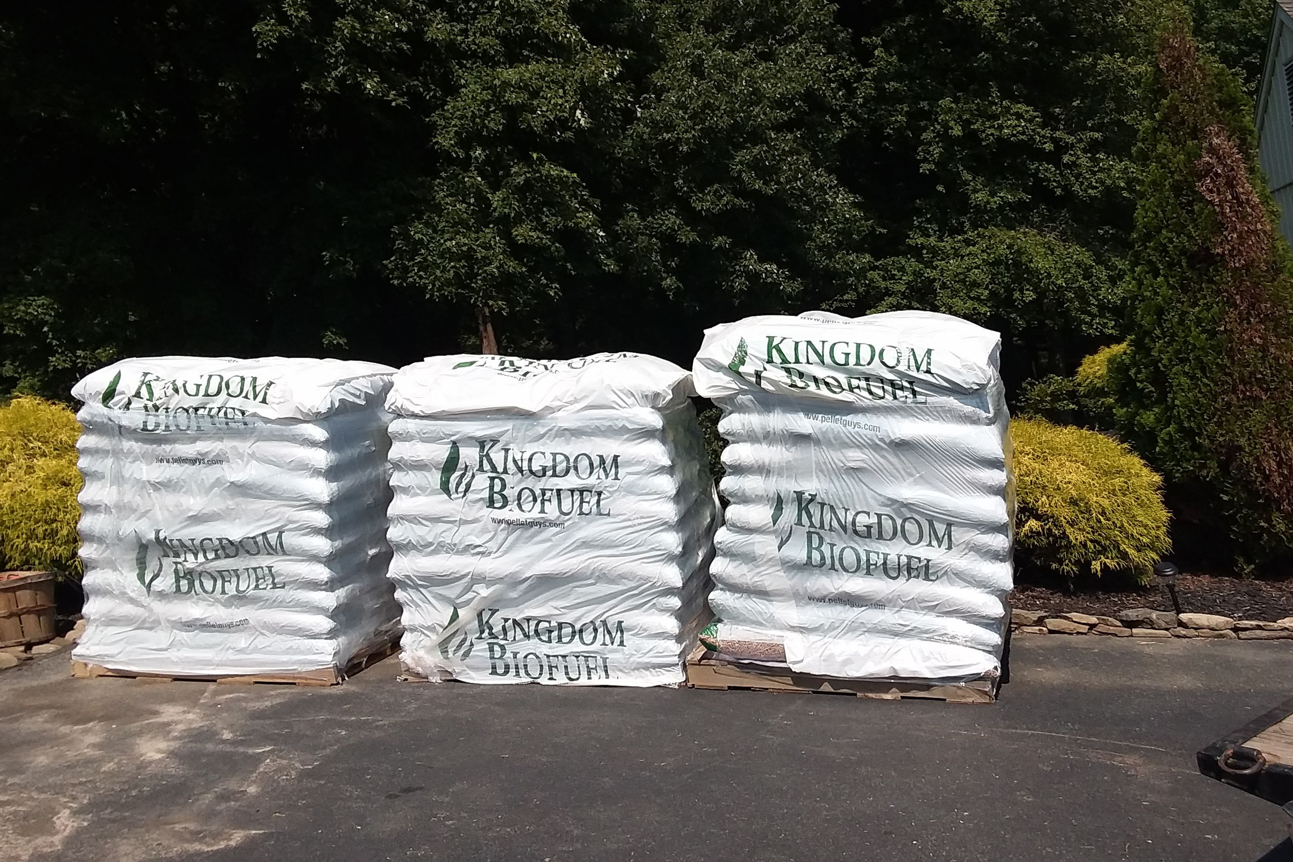 Wood Pellet Bedding By The Bag Pickup Or Delivery Available Horse Bedding Wood Pellets Bags