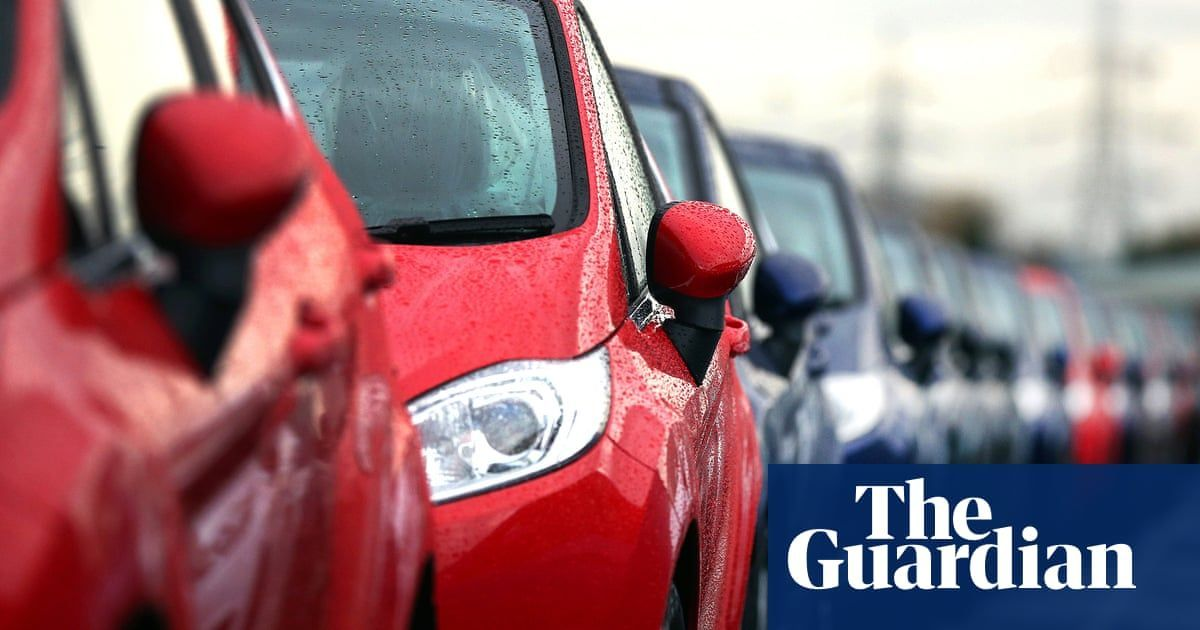UK car manufacturing output falls by a fifth as demand