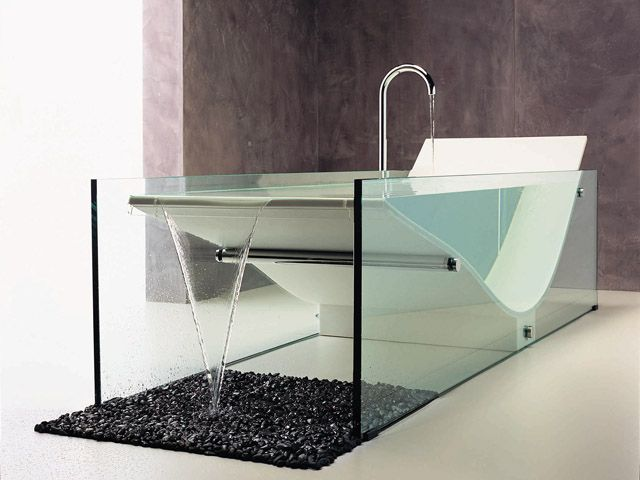 252035431 285f957c54c41 31 Cutting Edge Bathtub Designs