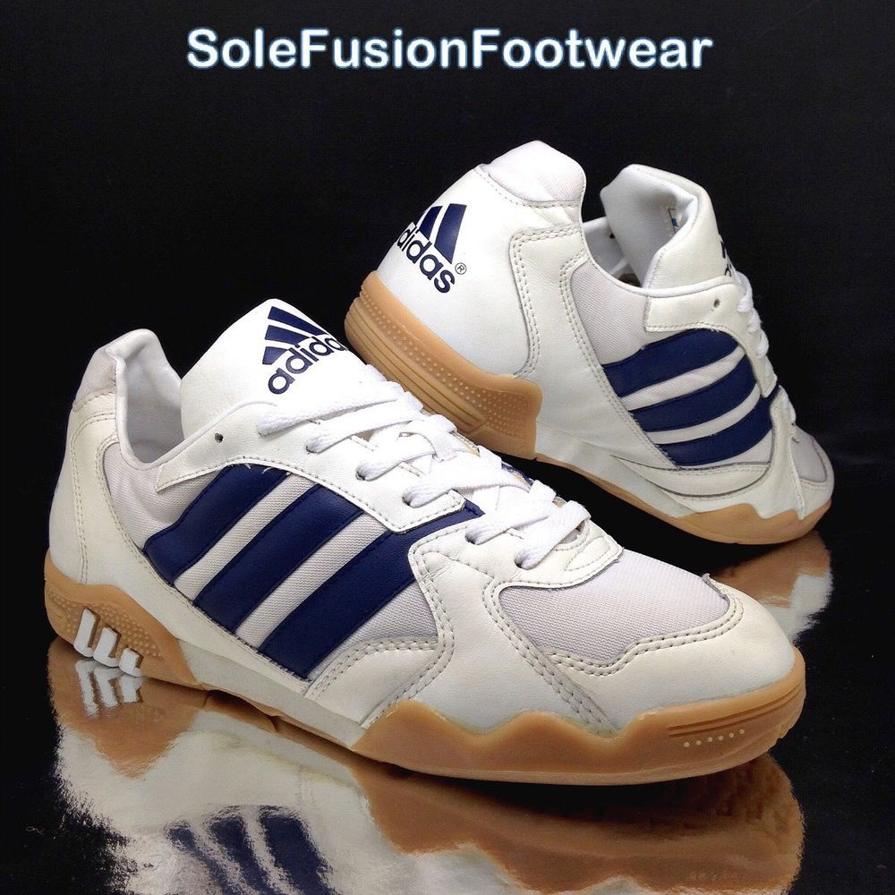 7b6fbb330c3 adidas mens Stratos Indoor Trainers White Blue sz 10 Vintage 1996 Sneaker  44 2 3