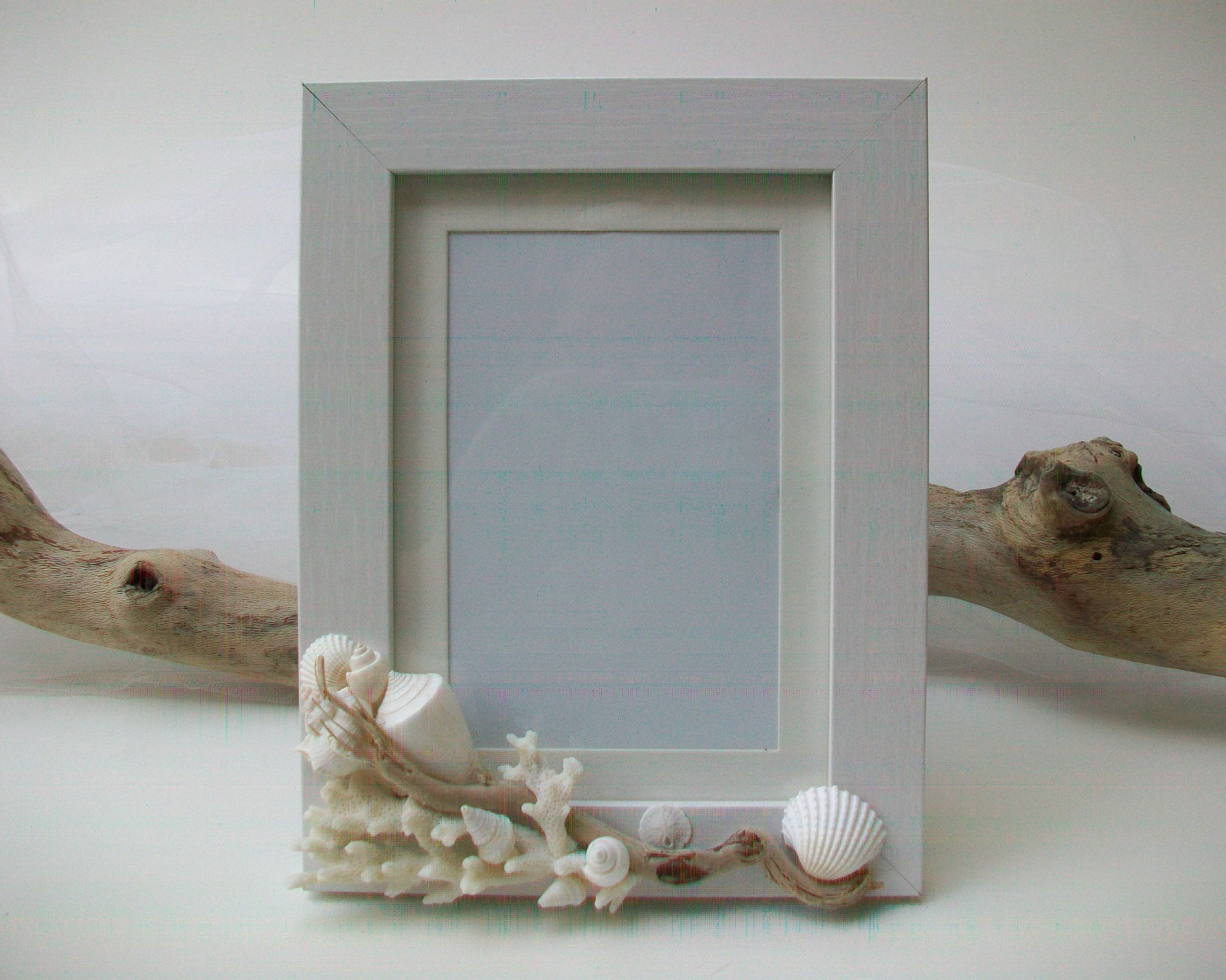 Beach Theme Wedding Photo Frame Shell Coral Driftwood Picture Frame Engagement Wedding Memorial Frame Home Decor Gift Personalized Framed Wedding Photos Beach Theme Wedding Beach Themes