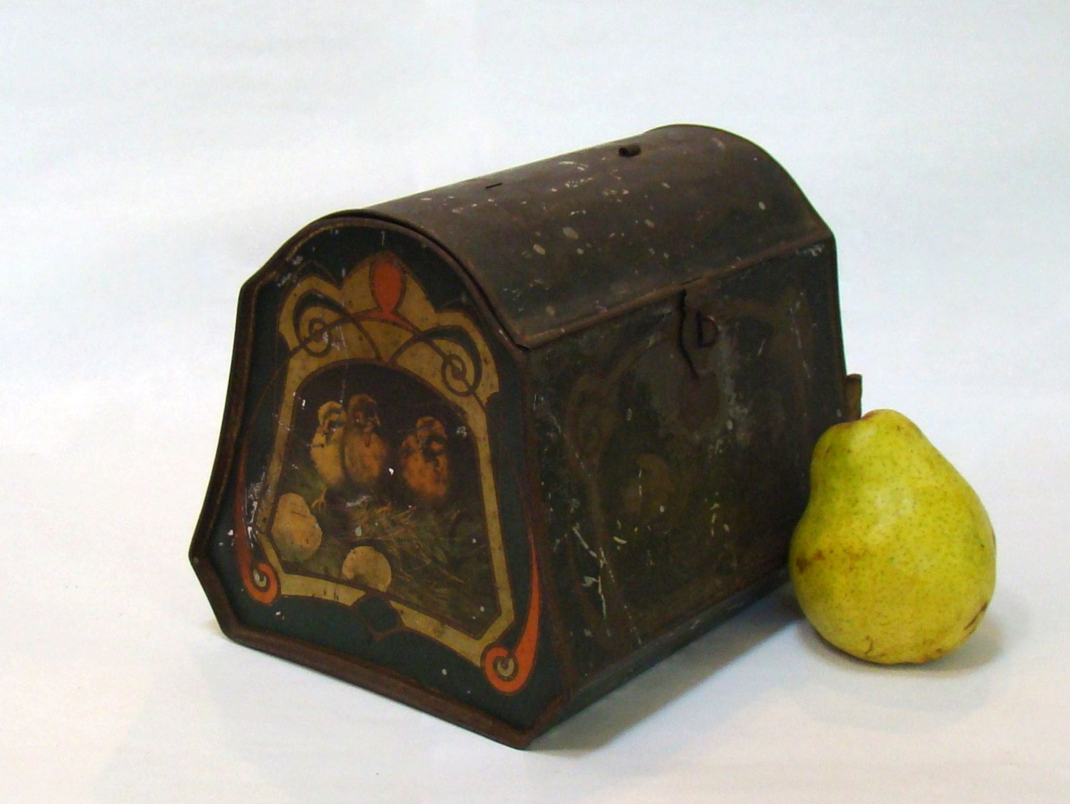 Vintage Victorian Metal Lunch Box; Easter Decor; Victorian Lunch Box; Lithograph Lunch Box; Vintage Lunch Box; Antique Lunch Box; Tin Litho