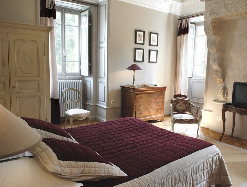 Chambre hotes aubergine hotel luxe vals ardeche 1 for Chambre d hotes luxe