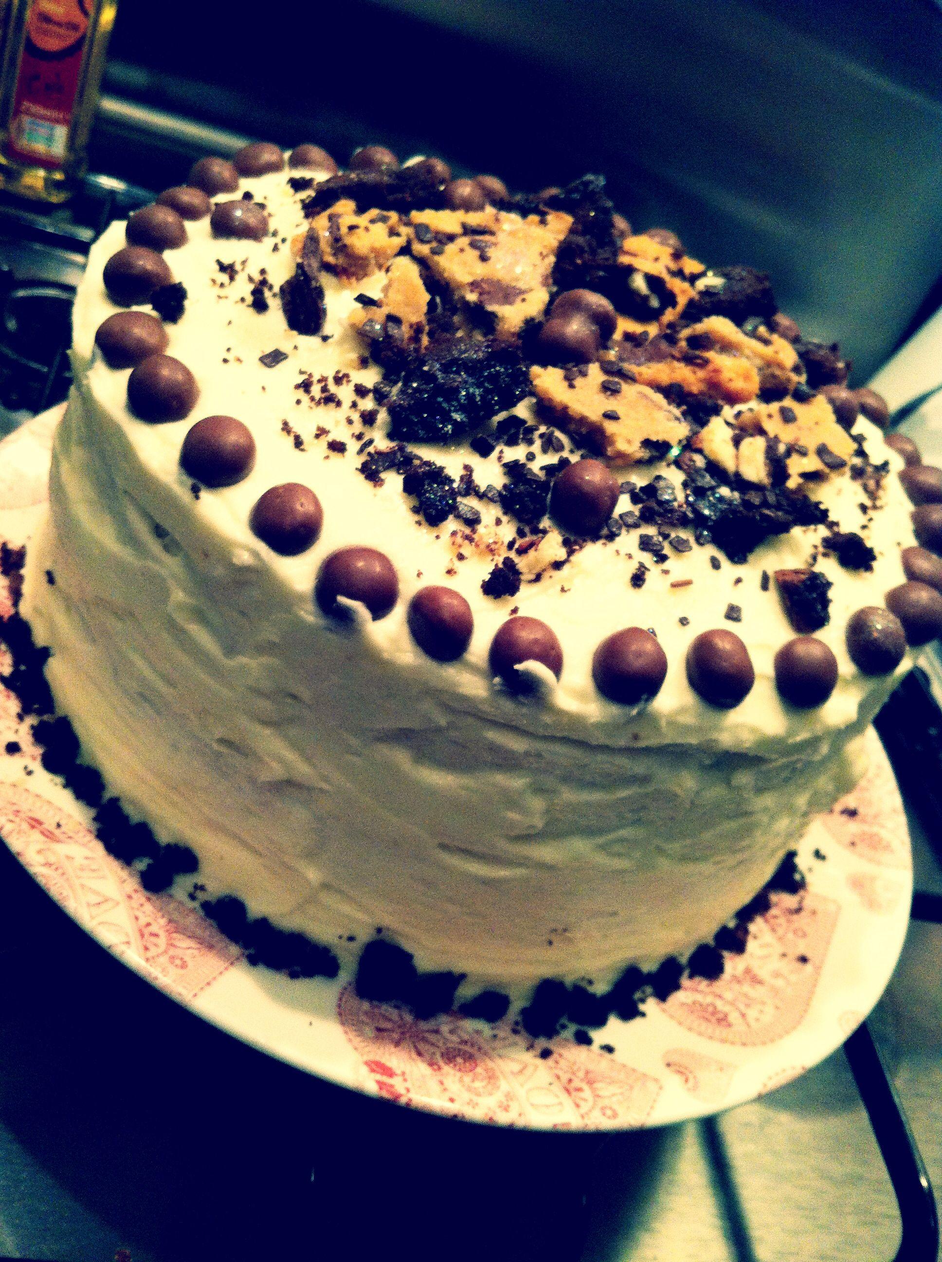 Cookies & Cream 3tier Cake