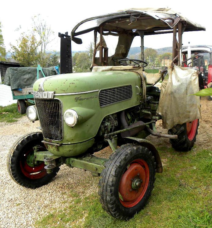 fendt farmer 2 d fw 228 photo 3 oldtimer traktor. Black Bedroom Furniture Sets. Home Design Ideas