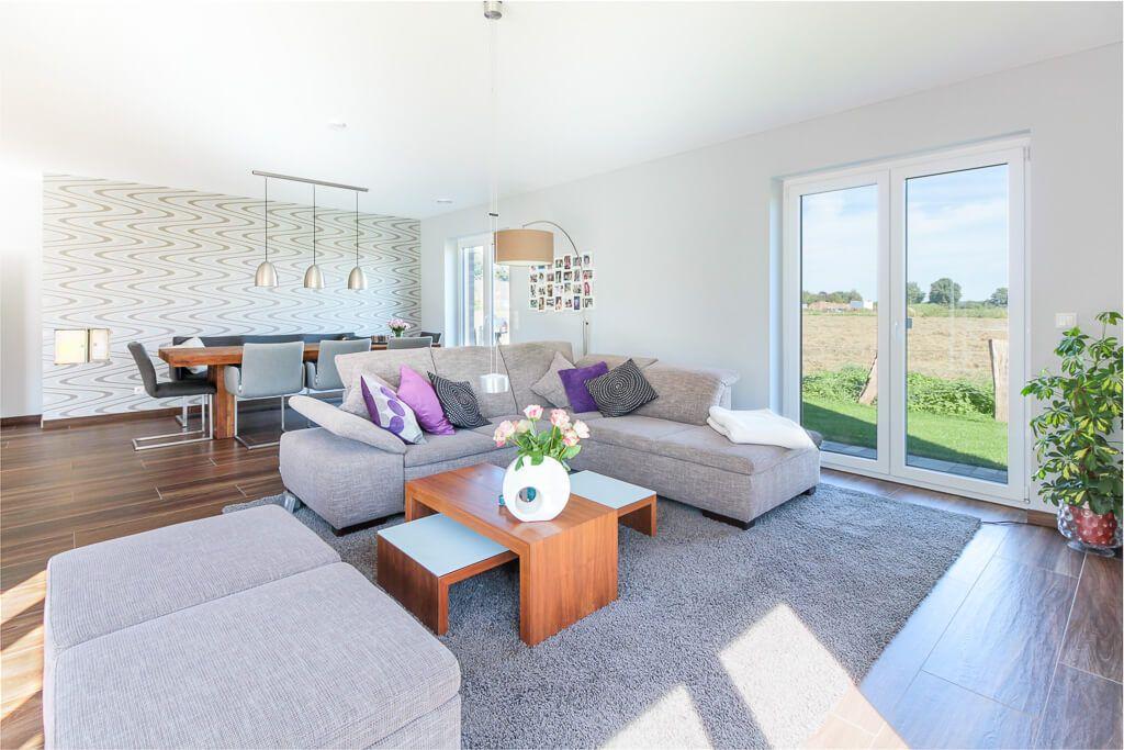 Modernes Wohnzimmer offen mit Esstisch - Inneneinrichtung Interior - kuche wohnzimmer offen modern