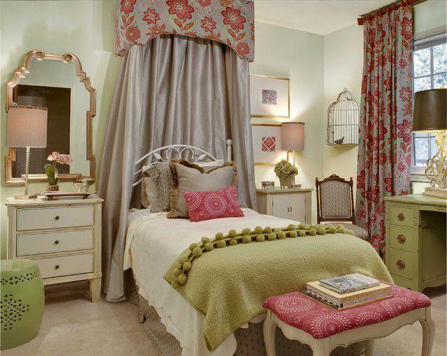 Une décoration chambre dans des couleurs très fille