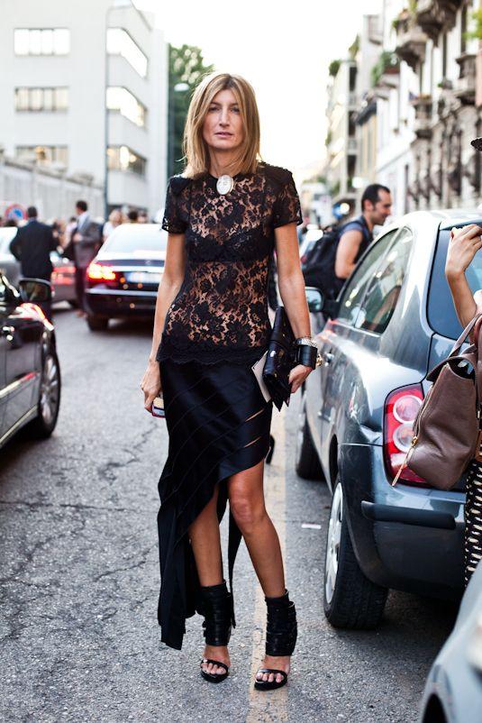 lacy. #SarahRutson in Paris.