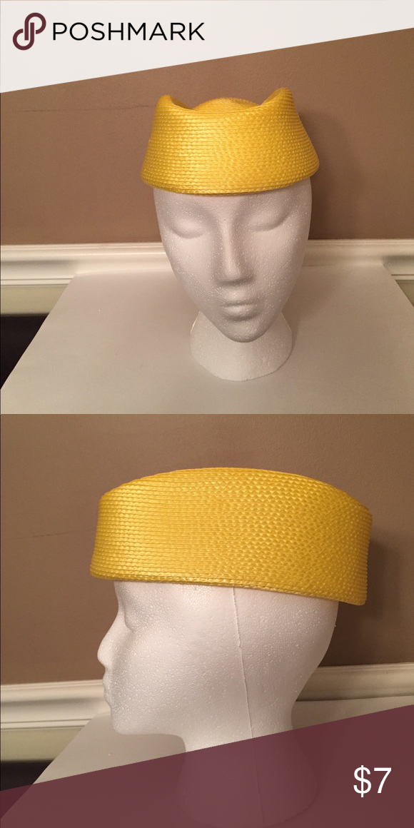Vintage pillbox hat Adorable yellow pillbox hat. It is in excellent condition and made 100% polypropylene. Accessories Hats