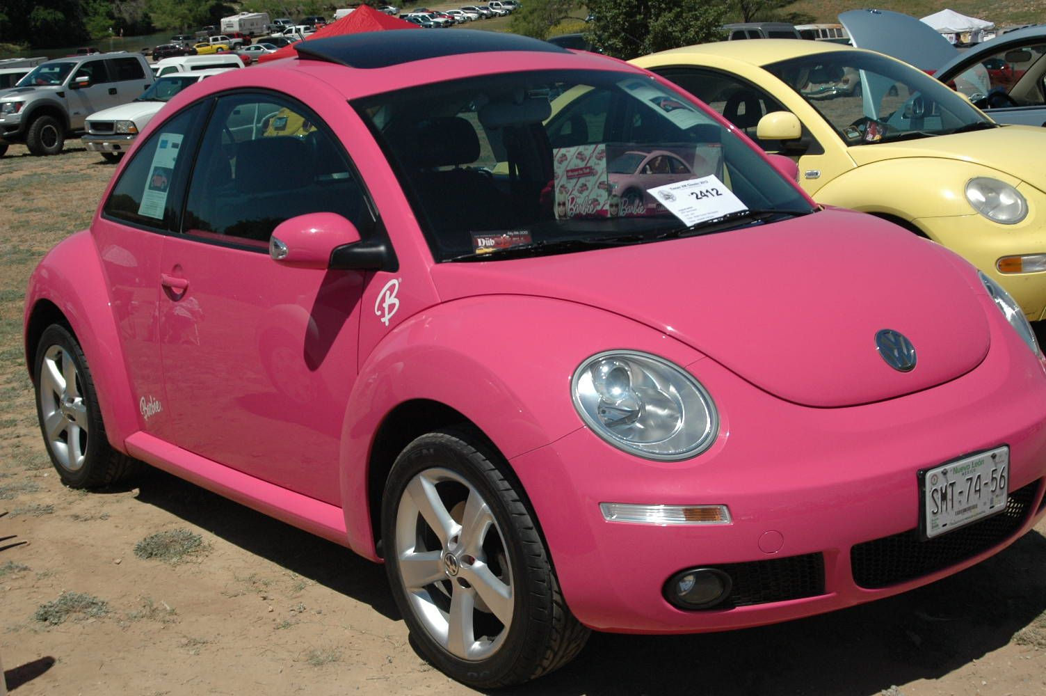 2009 barbie volkswagen nice pictures 2009 barbie pink vw bettle convertible is around 16 680 to. Black Bedroom Furniture Sets. Home Design Ideas