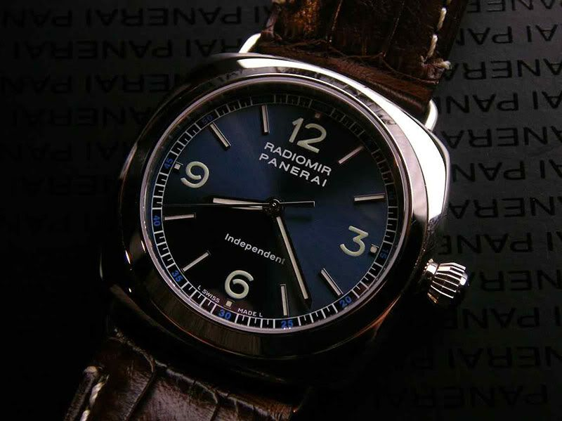 PAM 80 - limited ed of 160pc, white gold Radiomir case, blue dial, dead-beat Chezard 7400 mvmt