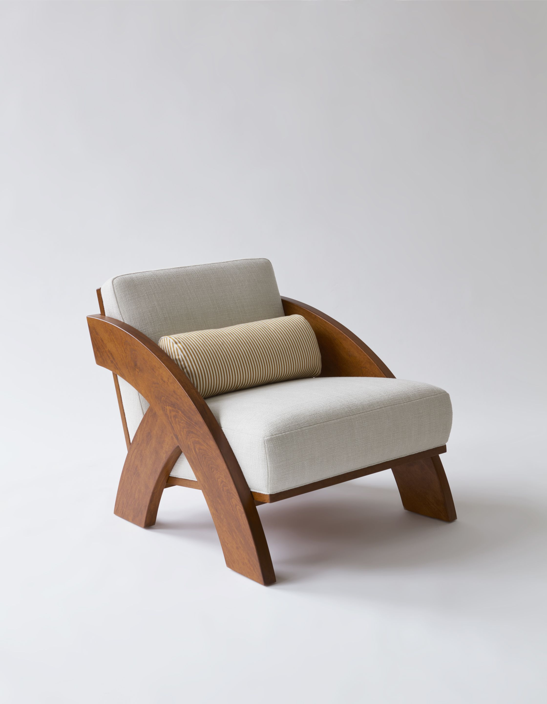 Arc Lounge Chair Designed By Syrette Lew Of Moving Mountains