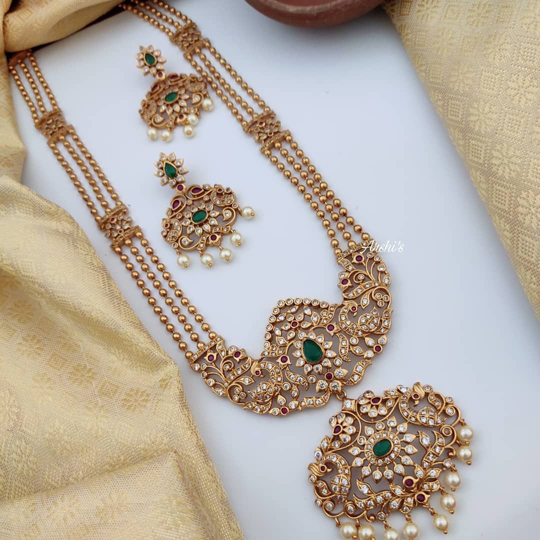 South Indian Necklaces By Arshi S Contact Https Shop Southindiajewels Com Store Arshis In 2020 Gold Jewelry Fashion Indian Bridal Jewelry Sets Bridal Jewelry Sets