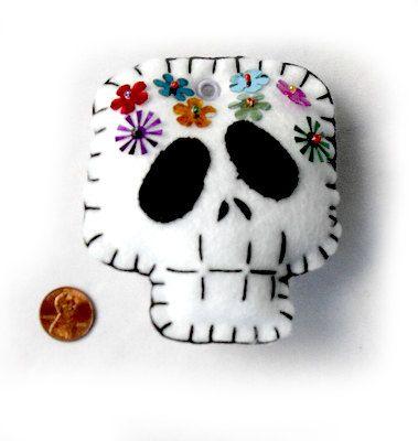 Día de los Muertos Skull Felt Plushies by SewEvil on Etsy